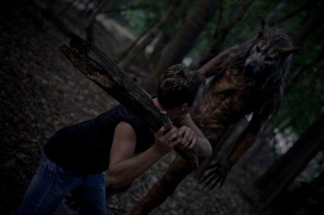 Dog-Soldiers-Red-610x406